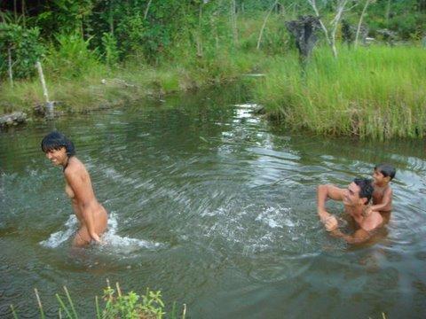 O banho no lago