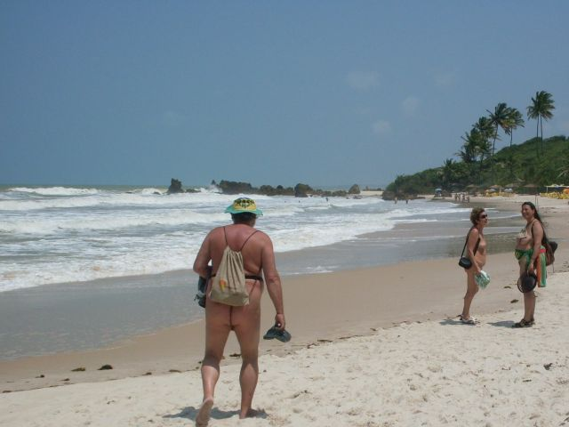 chegando na praia animadas