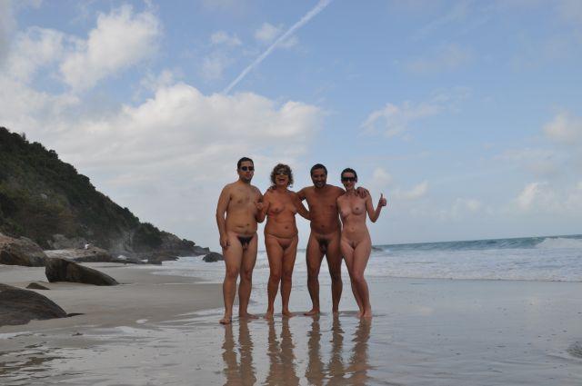 Curtindo a praia dia de semana