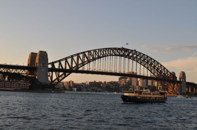 A ponte um dos cartões postais de Sydney