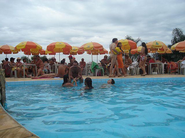 Presença macissa de naturistas em Igaratá/SP