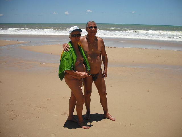 Um casal admirado e respeitado no meio naturista
