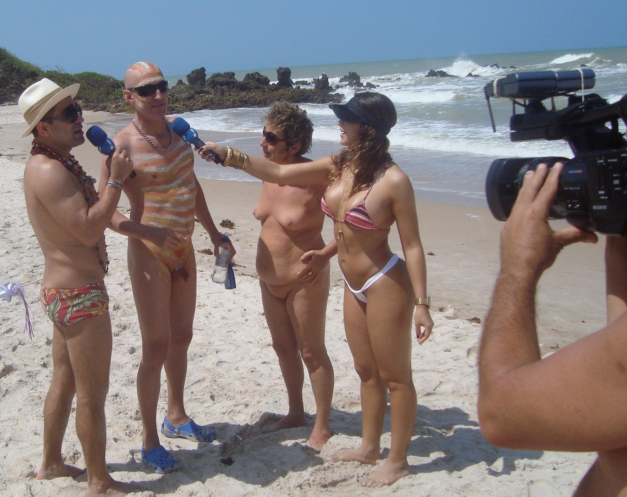 Entrevista para o programa Pânico na TV na praia de Tambaba