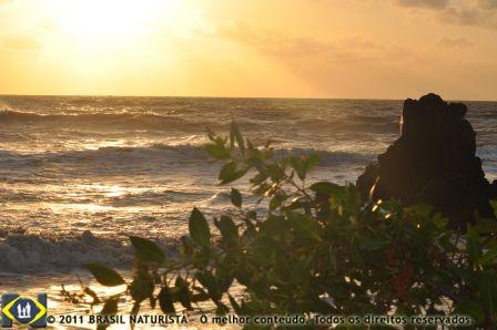 O sol nasce primeiro na Paraíba espalhando seus raios por todo o Brasil