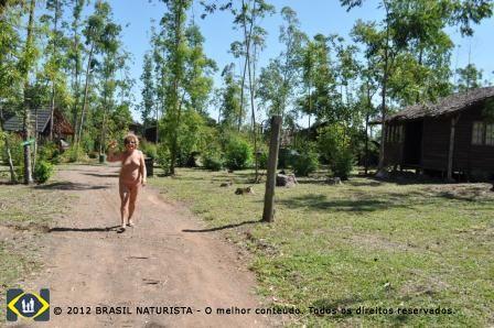 Começando minha caminhada no Clube Naturista Colina do Sol/Taquara/RS