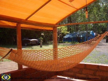 Uma rede para relaxar no camping do Tuca