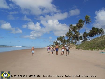 Caminhada na praia até a barra