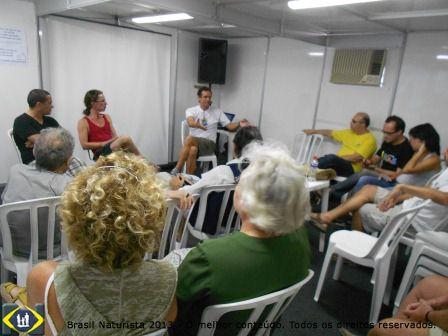 O debate entre os participantes: Porto Alegre quer uma praia naturista. Onde?