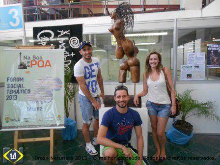 Porto Alegre debatendo e recebendo pessoas de outras cidades e país...