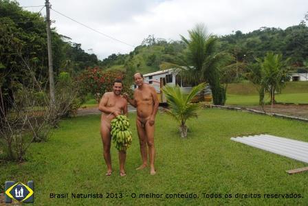 Marcelo com seu prêmio um caicho de bananas ofertado pelo Valdir do Recanto Paraíso/Piraí/RJ