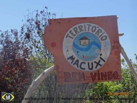 Entrada na margem da estrada nova do contorno de Jacumã...