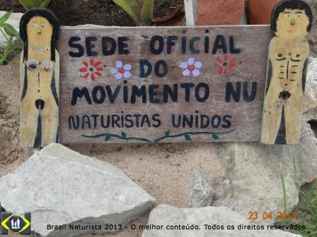 Naturistas Unidos pela preservação da natureza...