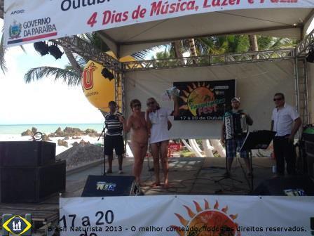 Show de bandas no Tambaba Fest da praia naturista de Tambaba/Paraíba